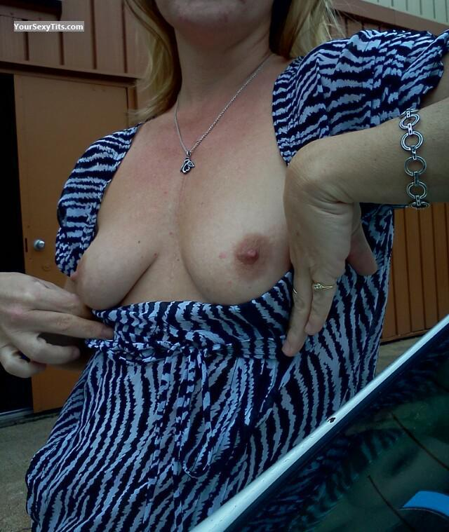 Tit Flash: Wife's Small Tits - Fsunolesgirl1 from United States
