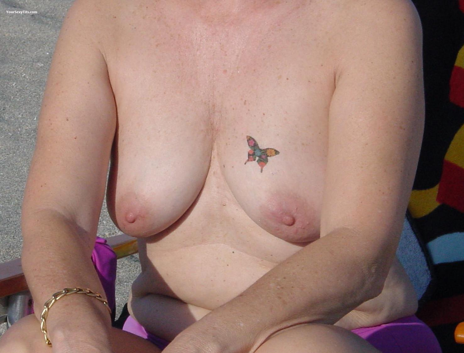 Tit Flash: Small Tits - Gina from United States
