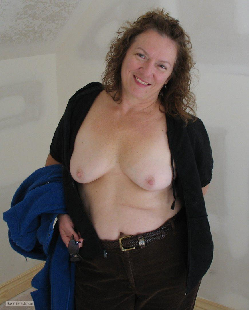 Tit Flash: My Small Tits With Very Strong Tanlines - Topless Karenkri from United States