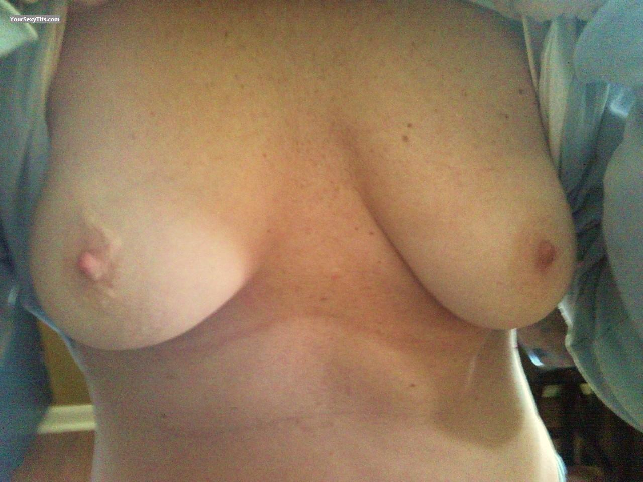 Tit Flash: Small Tits - 45 Year Old MILF from United States