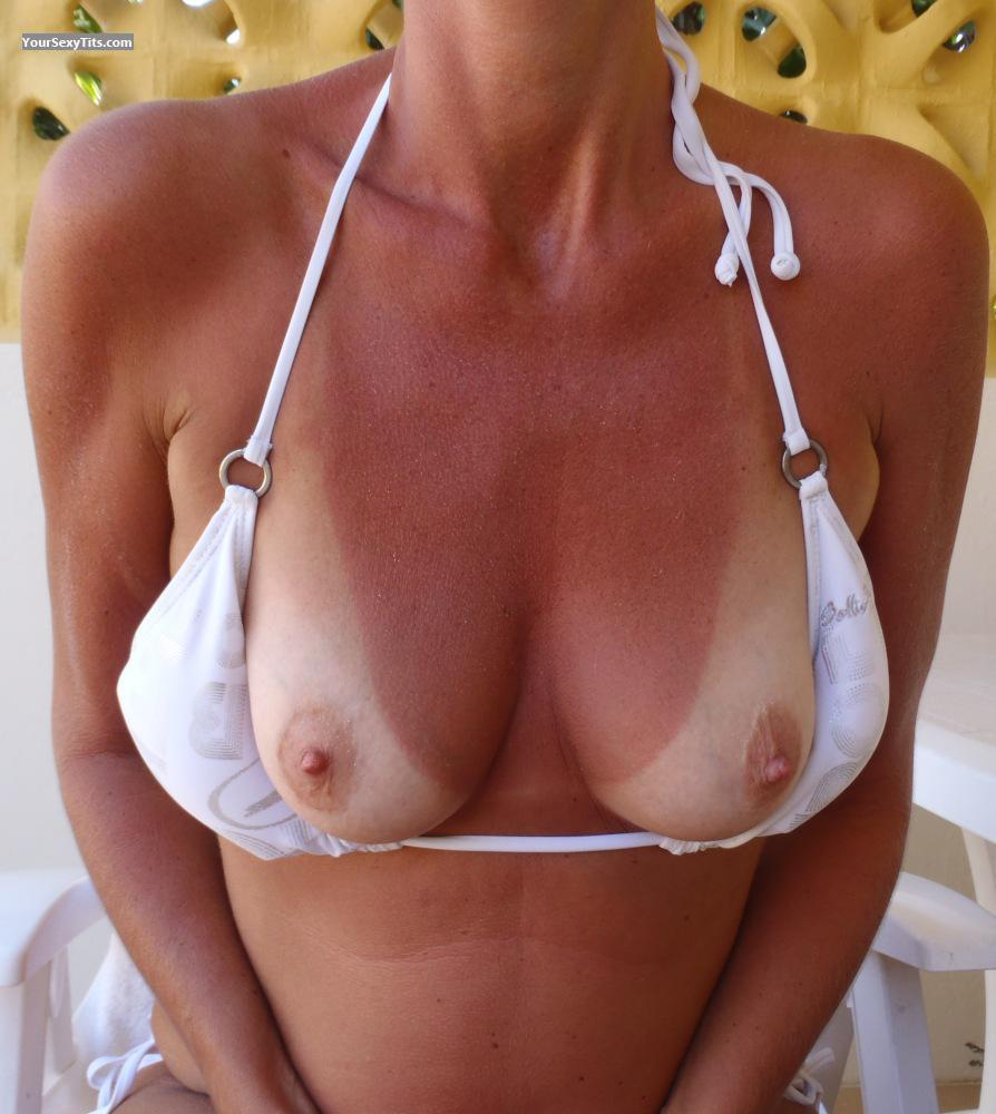 Tit Flash: Wife's Small Tits With Very Strong Tanlines - Onehappy2010 from Netherlands