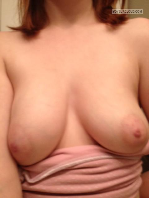 Medium Tits Of My Girlfriend Selfie by Lauren