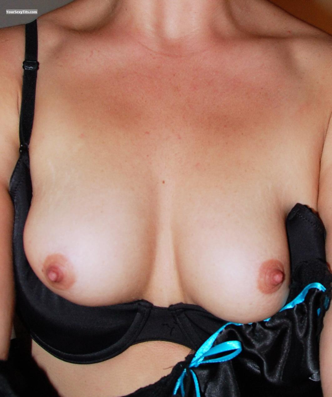 Tit Flash: Small Tits - Nell from United States