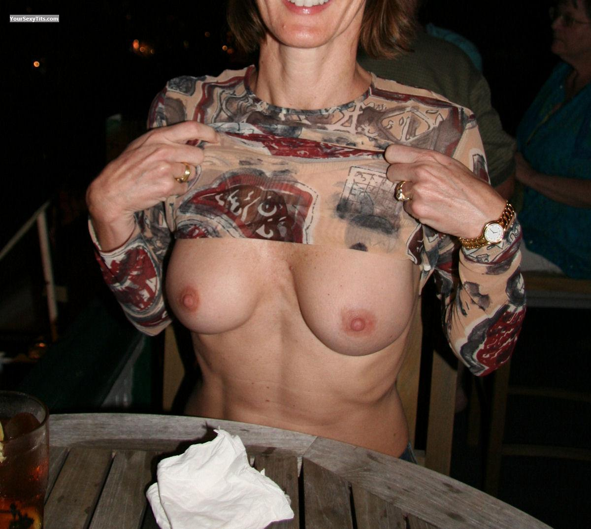 Tit Flash: Small Tits - Suzy from United States
