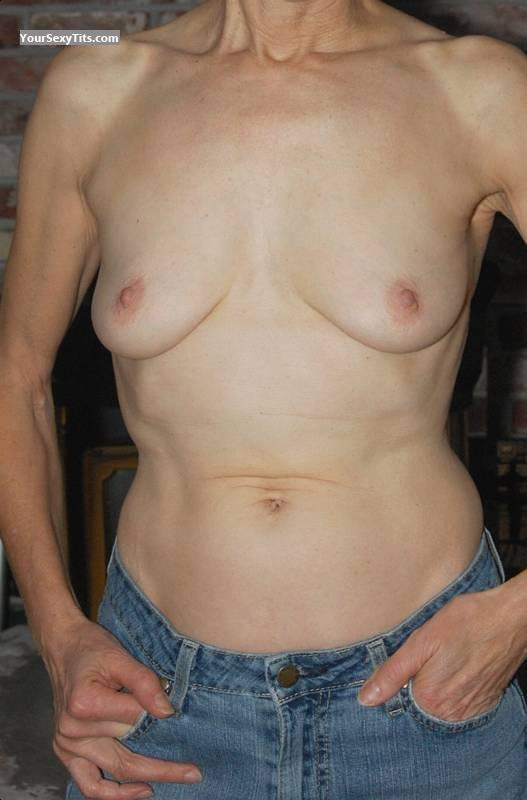 Tit Flash: Small Tits - Fifties Girl from United States