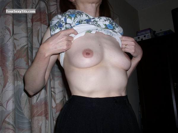 Tit Flash: Small Tits - Mary from United States