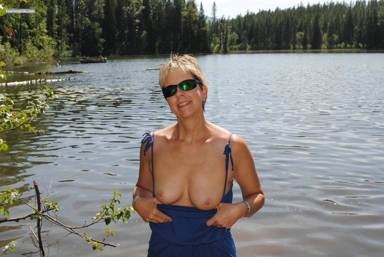 Tit Flash: Small Tits - Topless LuLu from United States