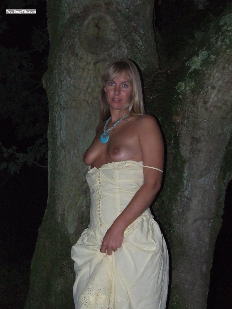 Tit Flash: Small Tits - Lin from United Kingdom