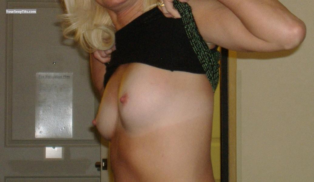 Tit Flash: Small Tits - Kitty Flash from United States