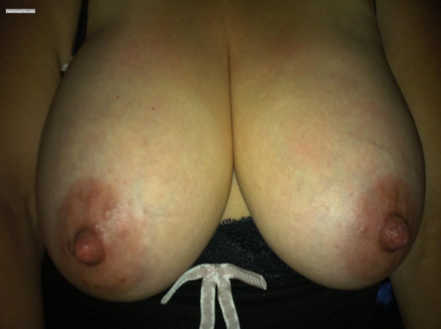 Very big Tits Wife 2