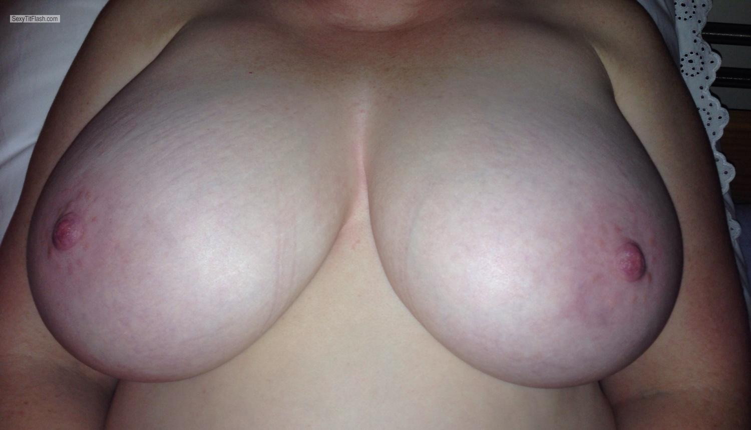 Very big Tits Red