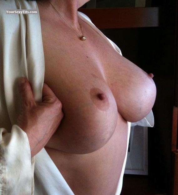 Very big Tits Dolly