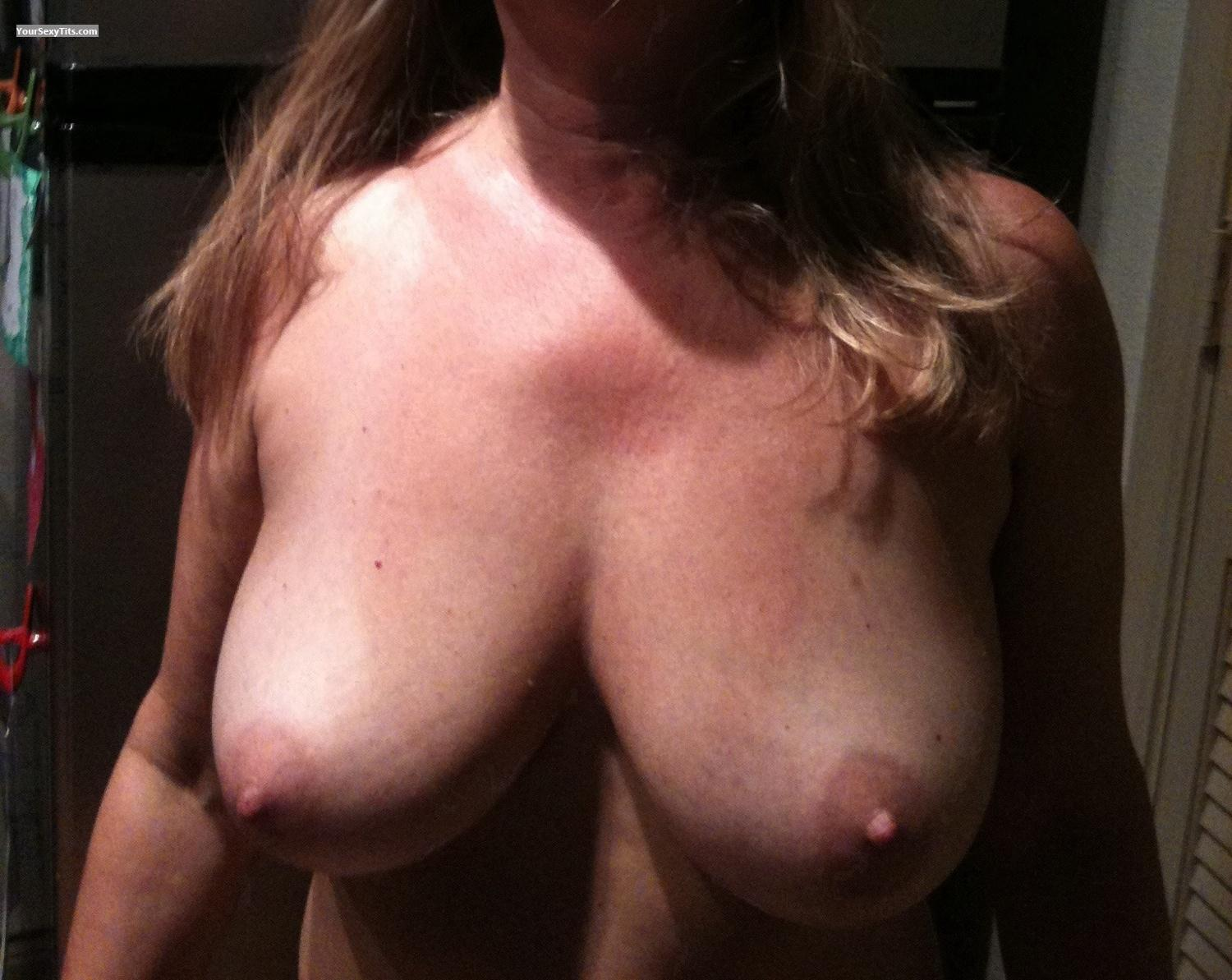 Medium Tits Natural51