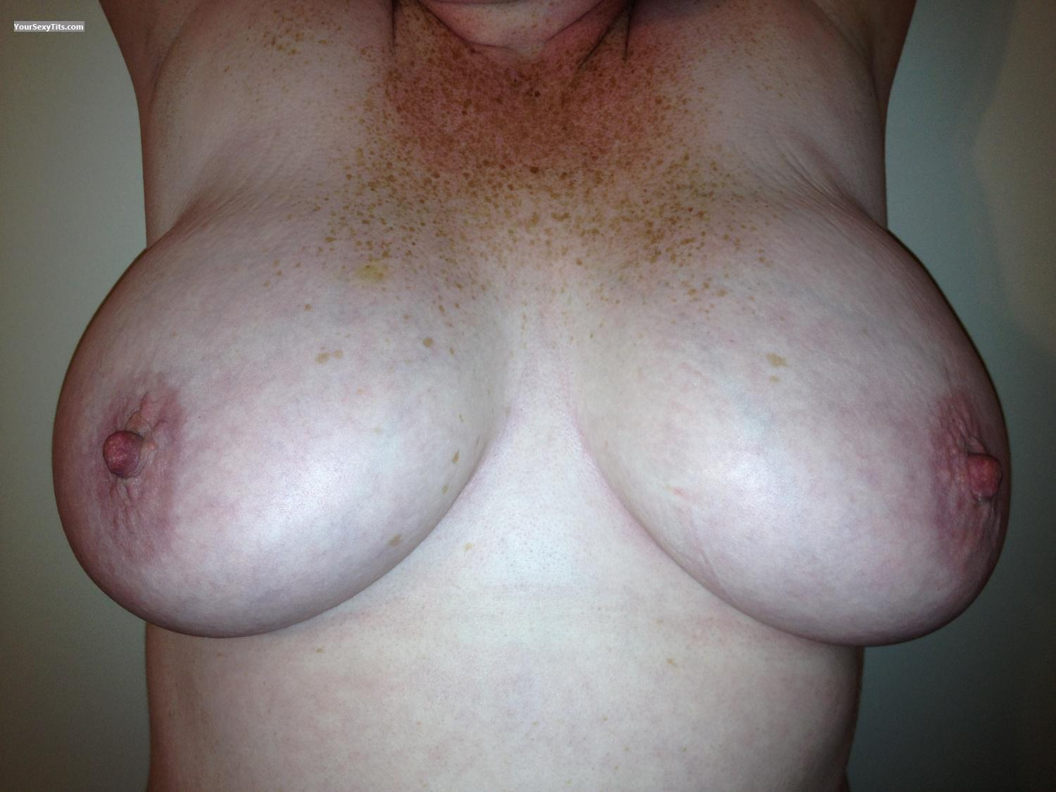 Tit Flash: Very Big Tits By IPhone - Babybug from United States