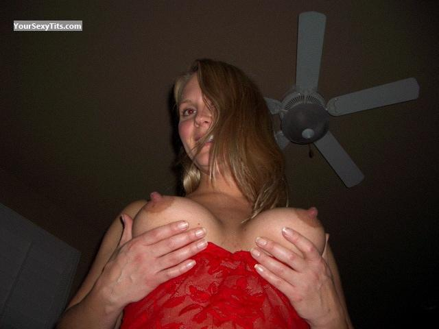 Very big Tits Topless Skywalker