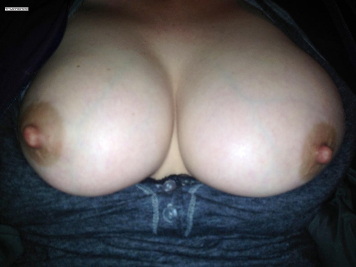 Tit Flash: Very Big Tits By IPhone - Hotness from United States