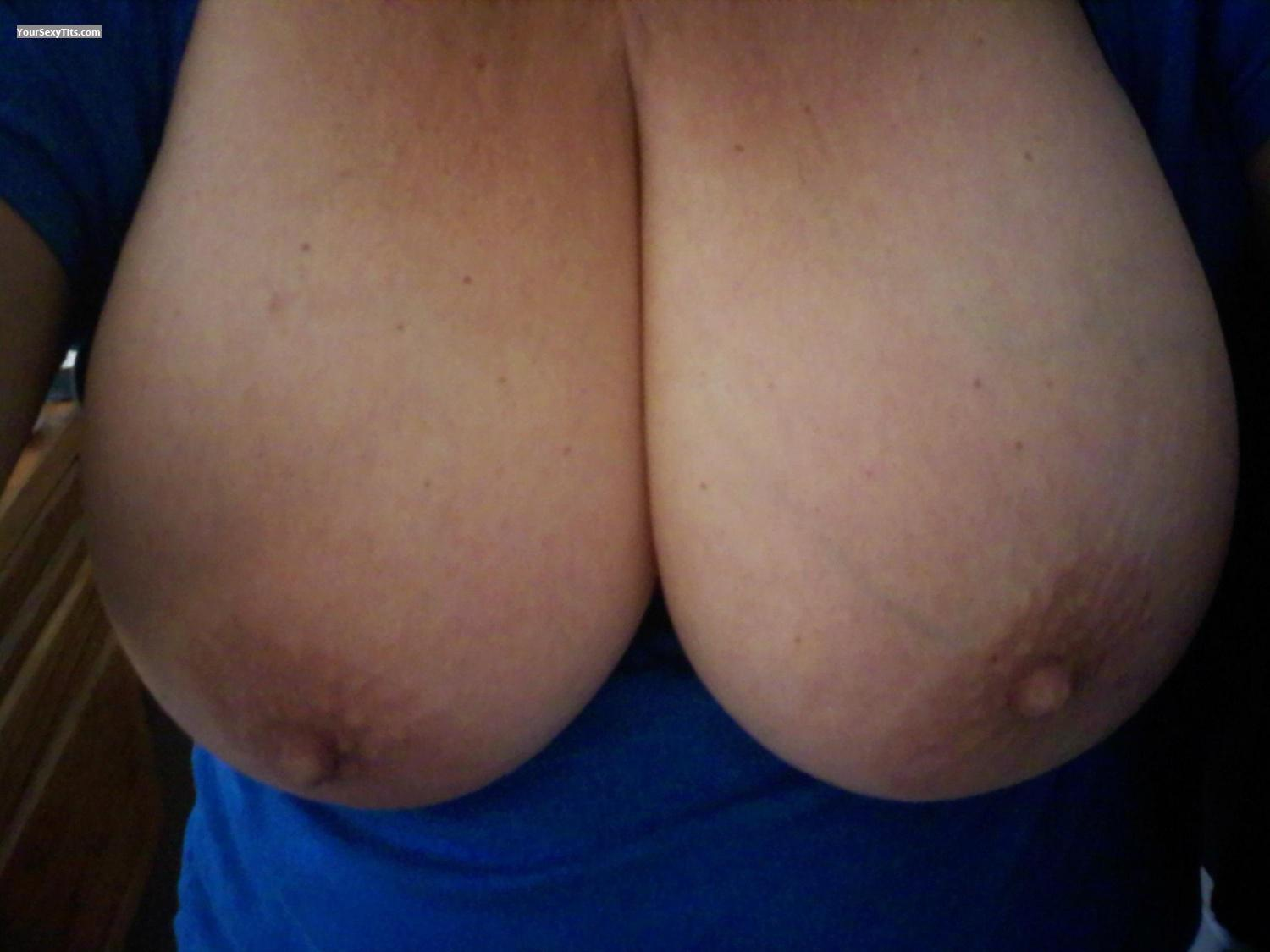 Tit Flash: Very Big Tits By IPhone - Ms. Night from United States