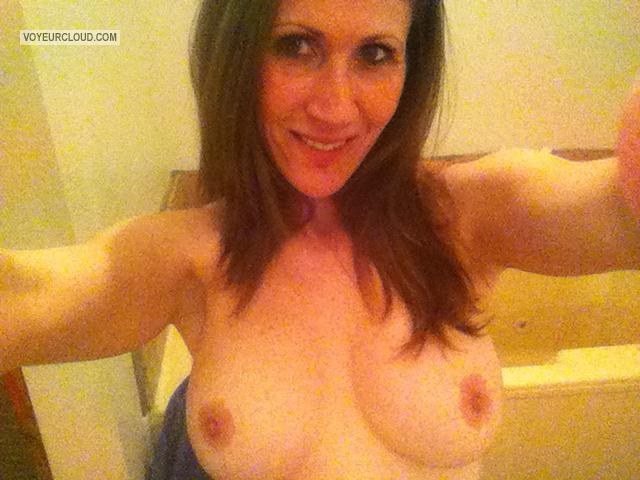 My Medium Tits Topless Selfie by Niki