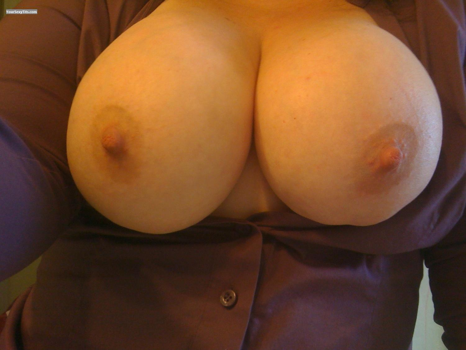 Tit Flash: My Very Big Tits By IPhone (Selfie) - Lovemydd from United States