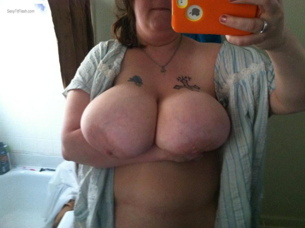 Tit Flash: My Very Big Tits By IPhone (Selfie) - Their Mom from United States
