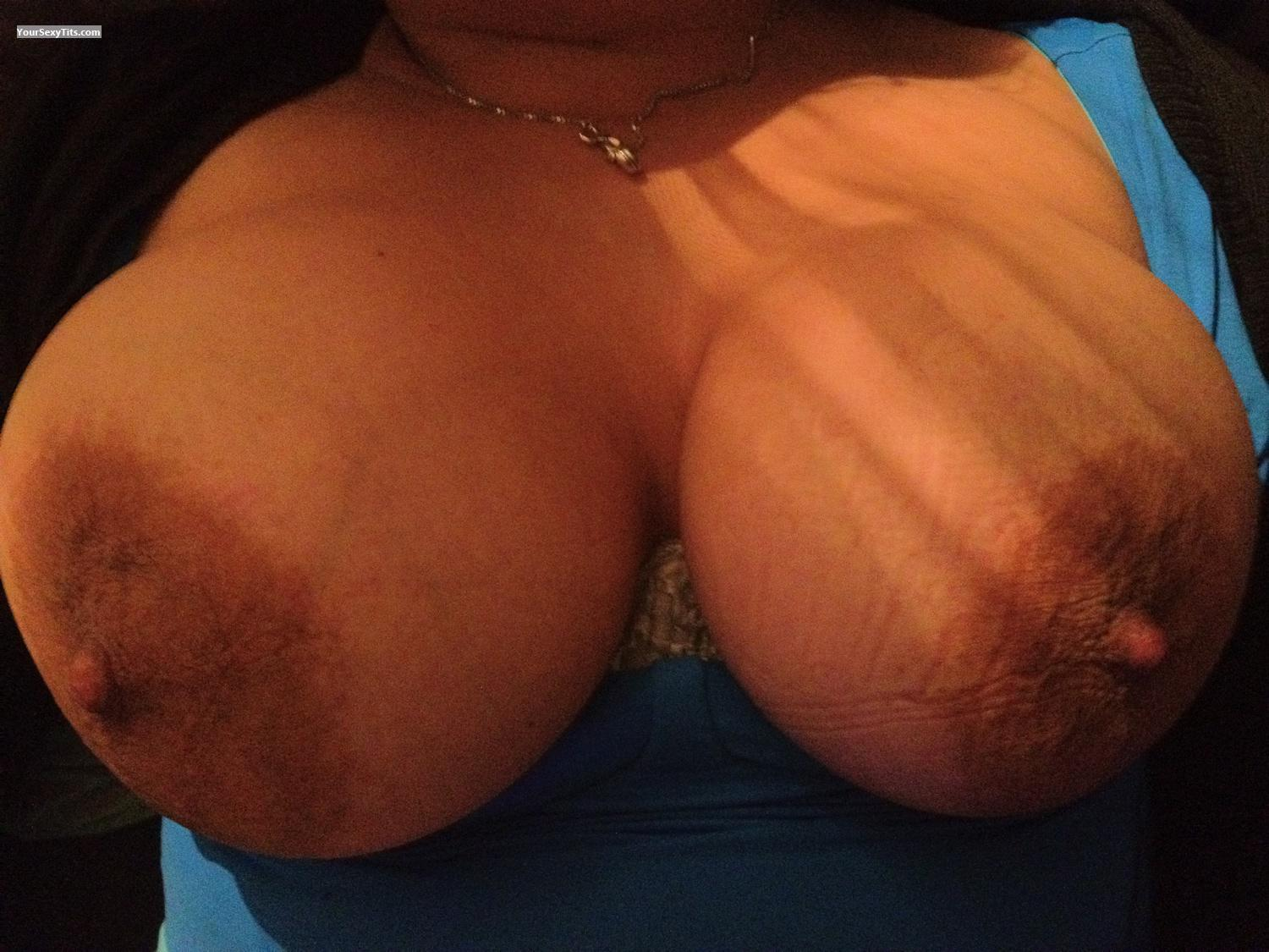 Tit Flash: Very Big Tits By IPhone - Sexygirl from France