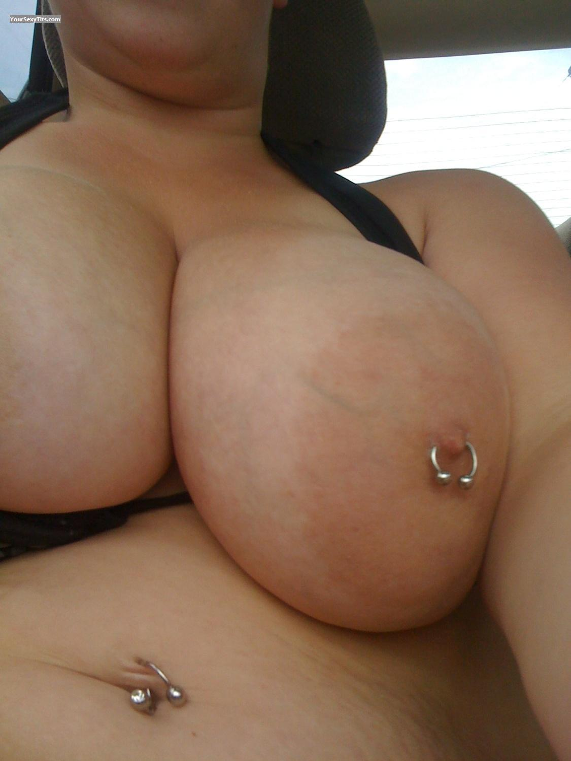 Very big Tits SexyG
