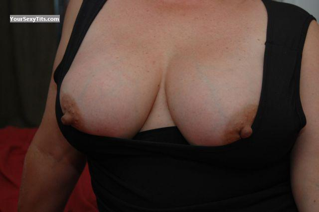 Tit Flash: Very Big Tits - Logan36 from United States