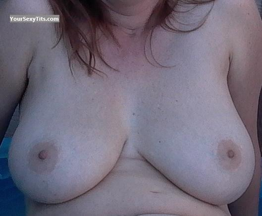 Tit Flash: Very Big Tits - Missbigtits from United States