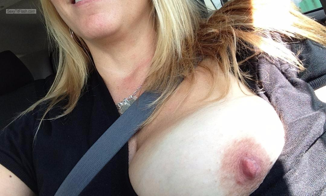 Tit Flash: My Friend's Very Big Tits - Topless Fun MIlf from United States