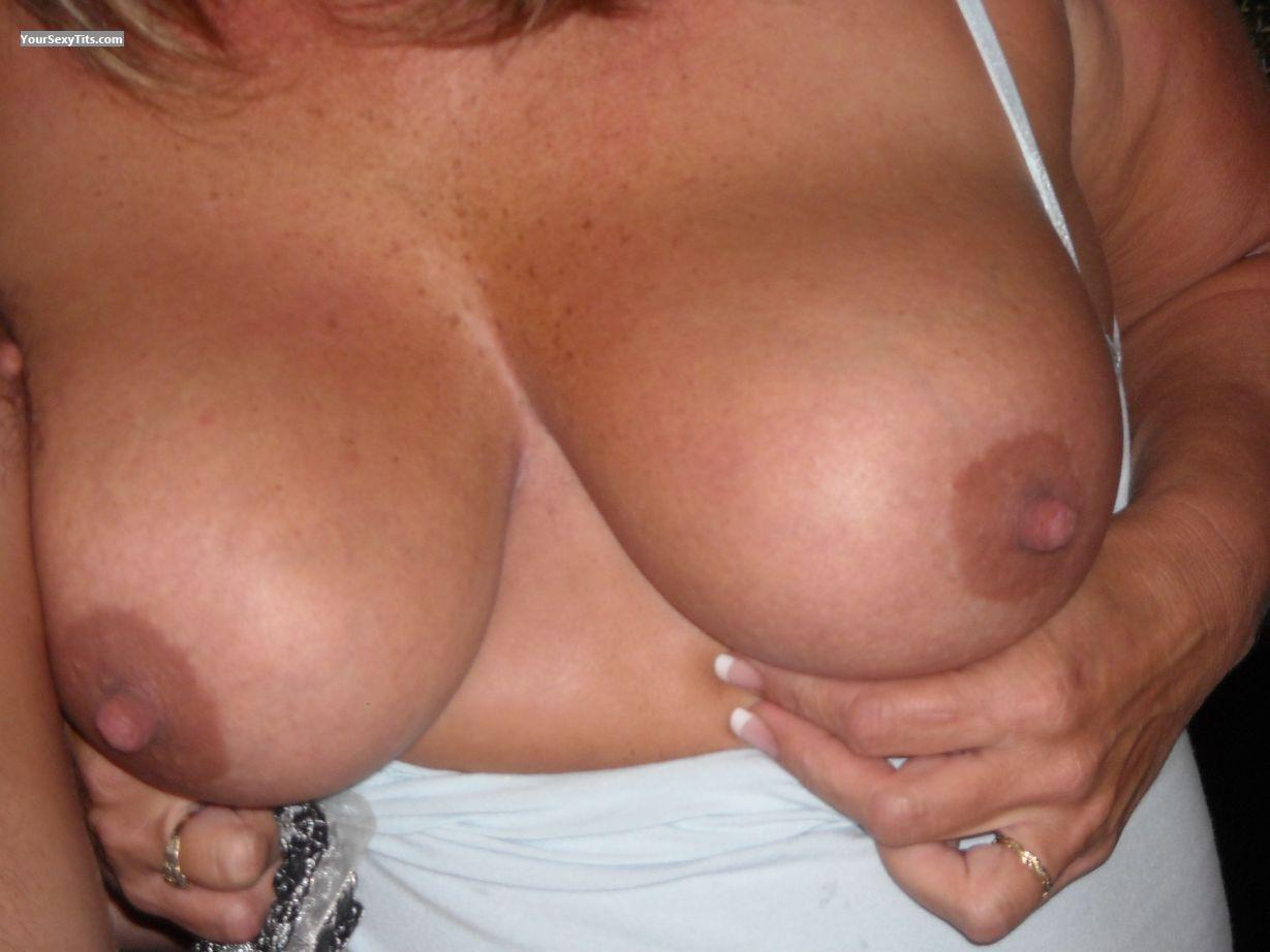 Very big Tits Meanie