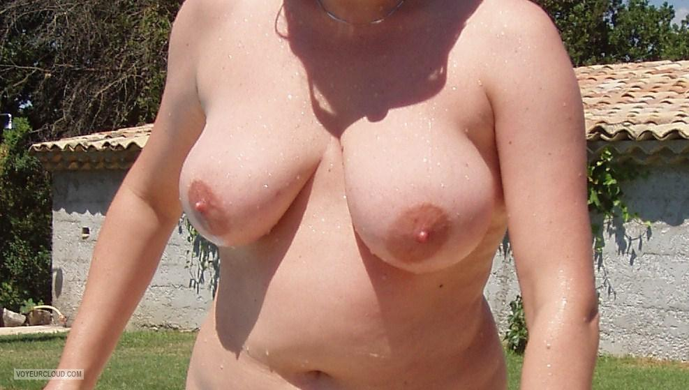 Tit Flash: Wife's Medium Tits - Wetty from United States
