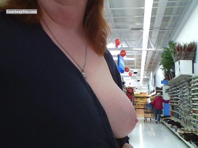Tit Flash: Wife's Very Big Tits (Selfie) - Peach from United States