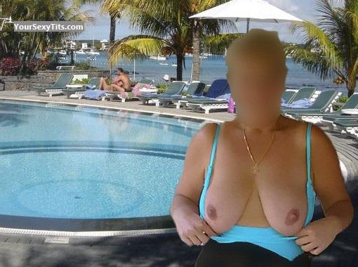 Very big Tits Of My Wife Samat
