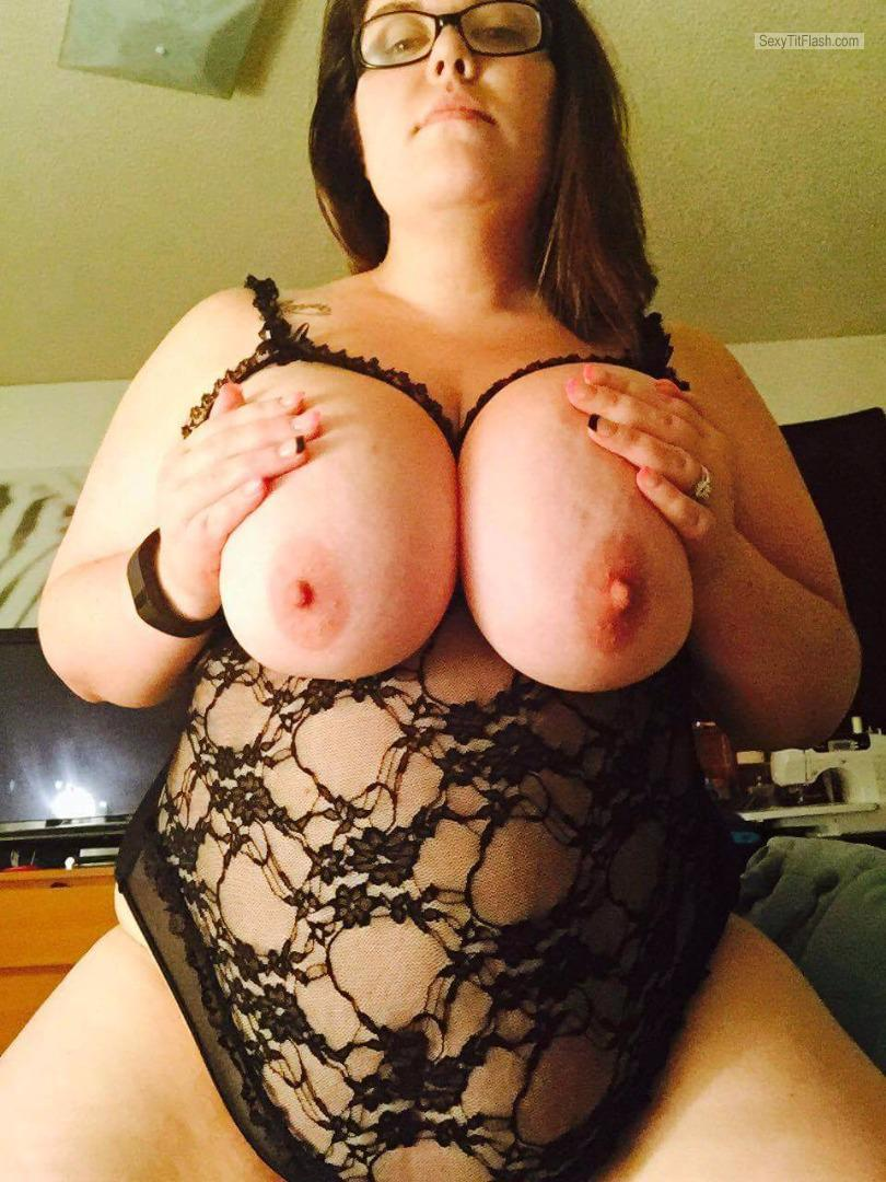Tit Flash: My Very Big Tits - Topless New Outfit from United States