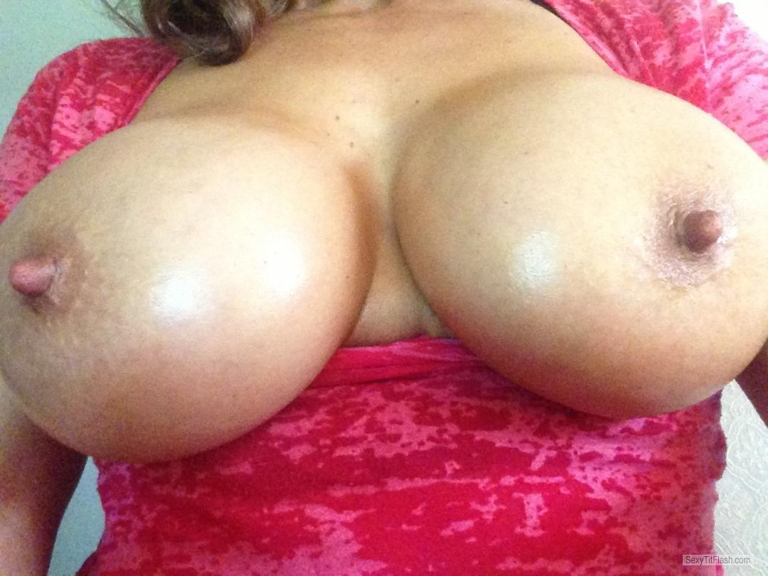 Tit Flash: Candid Woman's's Very Big Tits (Selfie) - Sandra from United StatesPierced Nipples