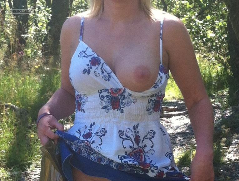 Medium Tits Of My Wife The Flashing Bride