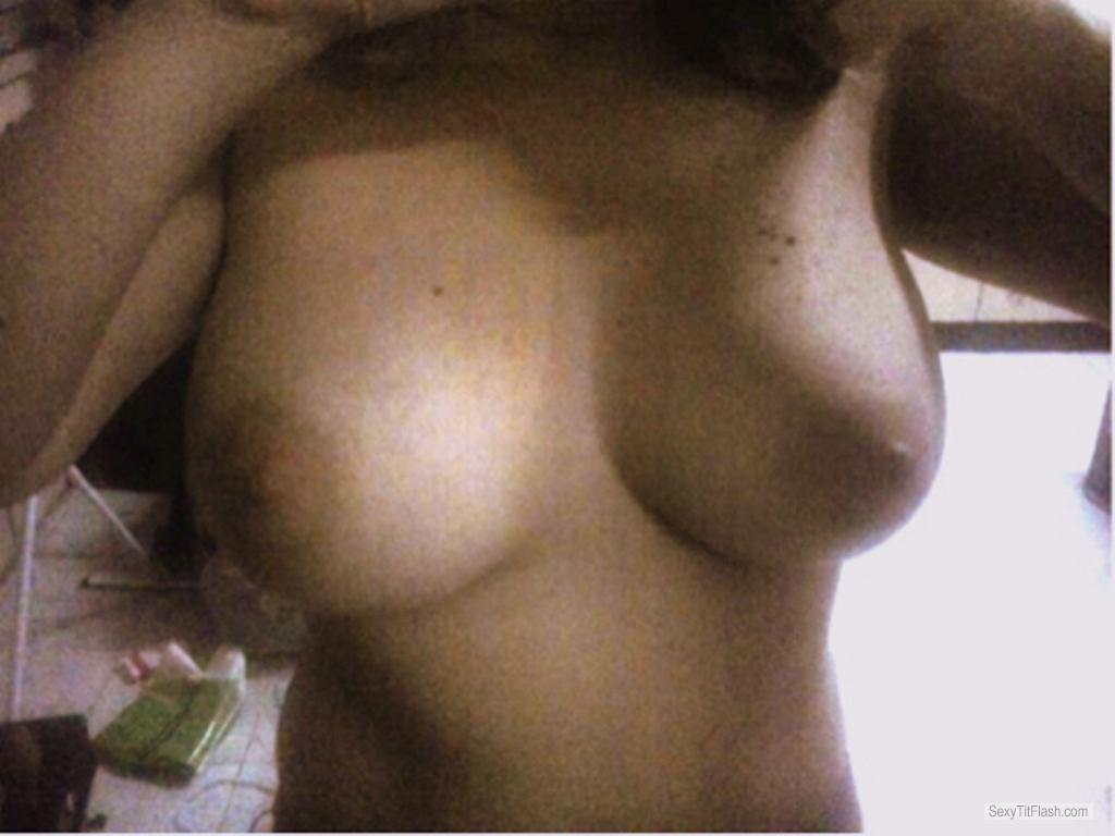Tit Flash: Ex-Girlfriend's Very Big Tits (Selfie) - Mara from Brazil
