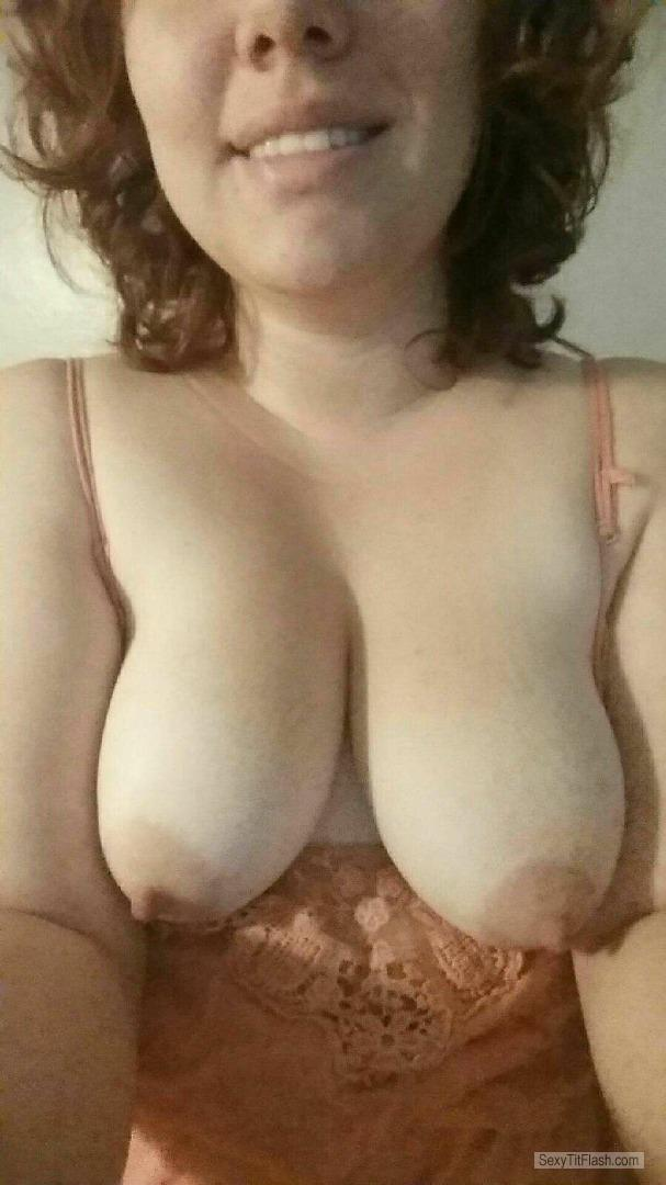 Very big Tits Of My Girlfriend Topless Selfie by Stefani