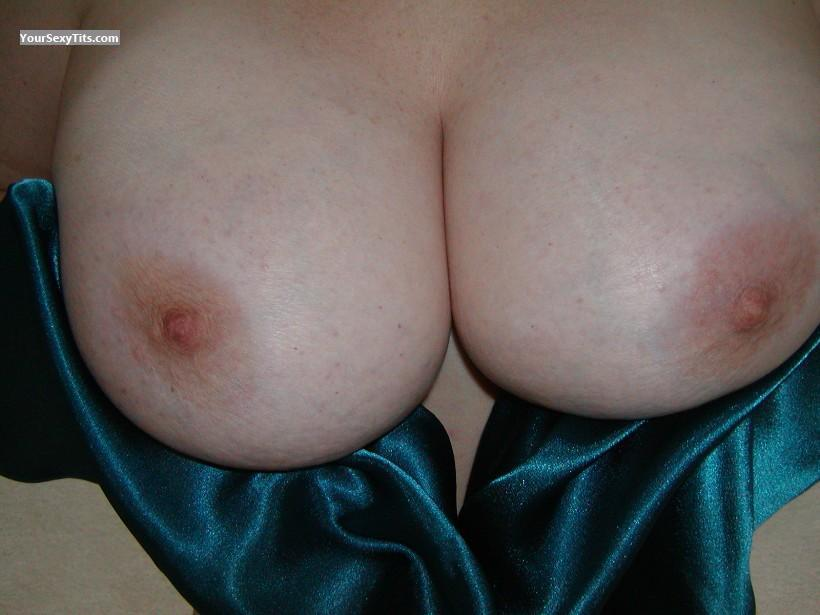 Very big Tits Lost 12