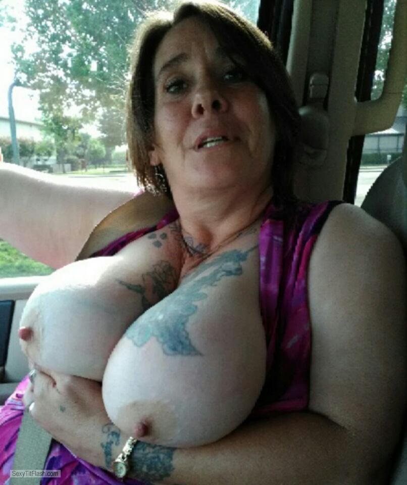 Tit Flash: Wife's Very Big Tits - Topless WoLo from United States