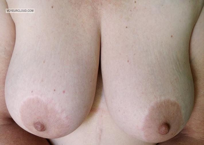 Tit Flash: My Very Big Tits - Pearl from South Africa