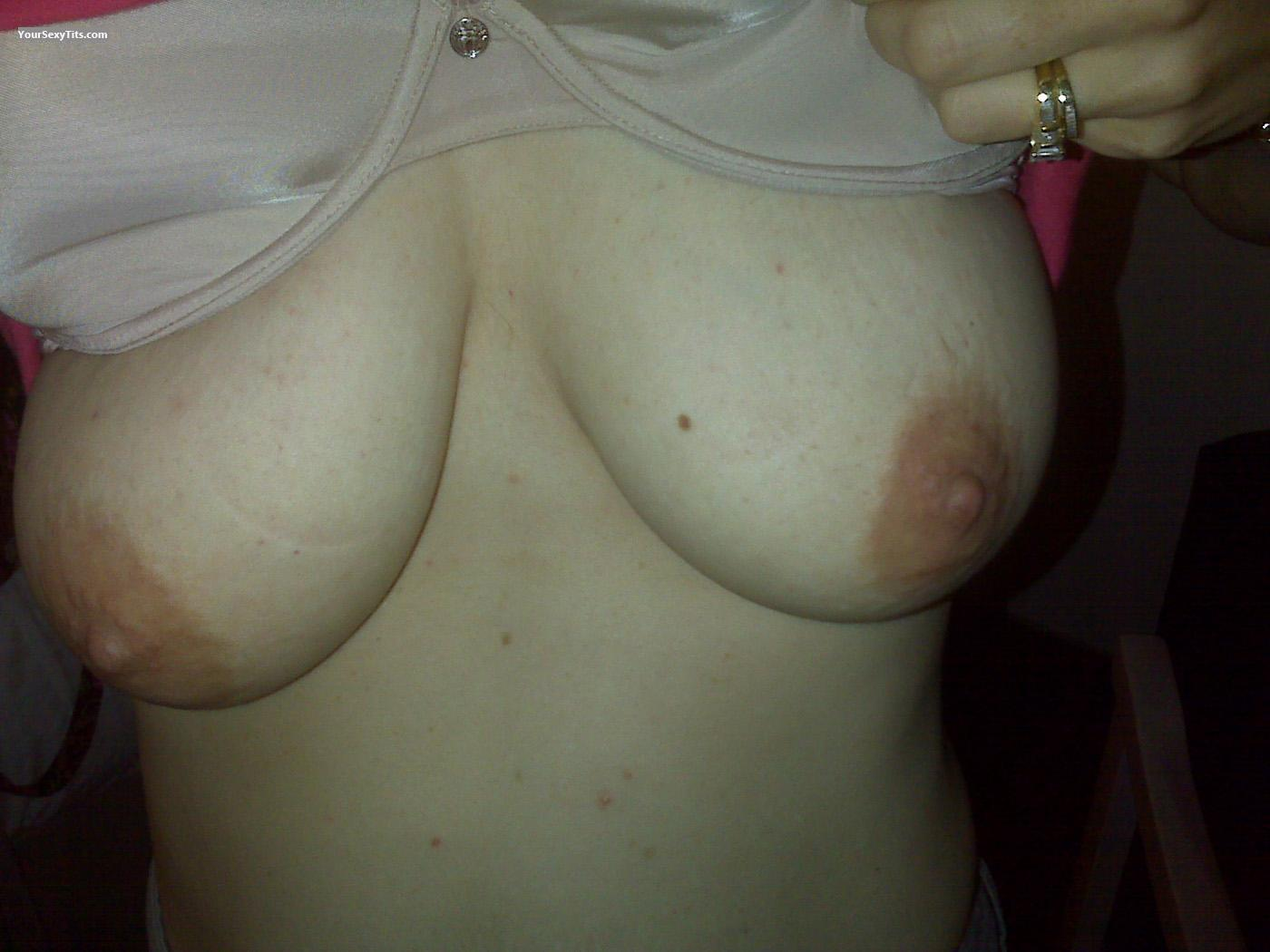 Tit Flash: Very Big Tits - GES from United States