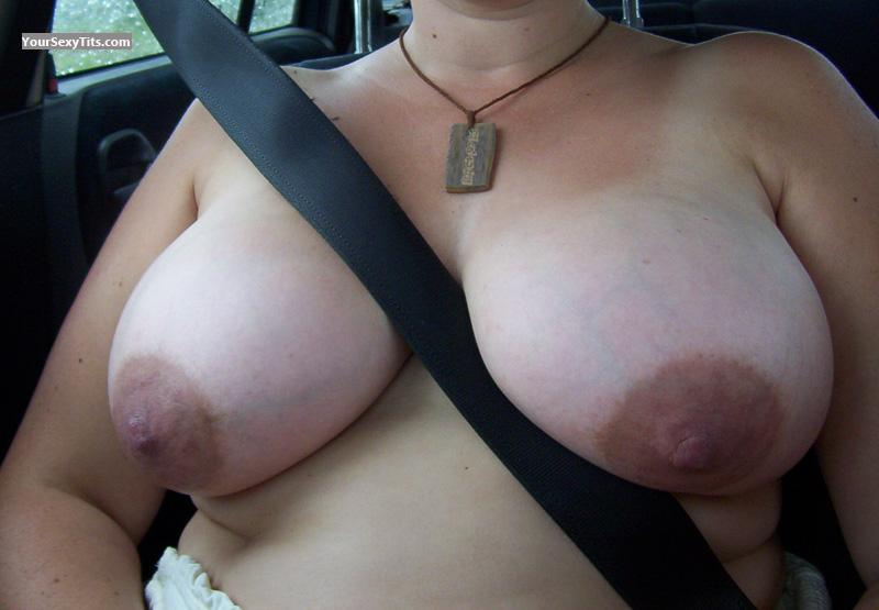 Tit Flash: Very Big Tits - Nath from Netherlands