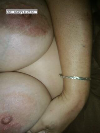 Tit Flash: Wife's Very Big Tits - Cll from United States