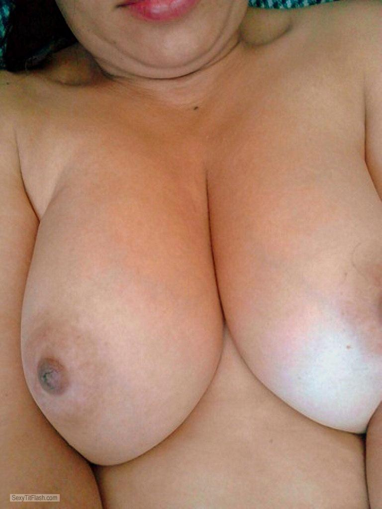 Big Tits Of My Room Mate Yimmi