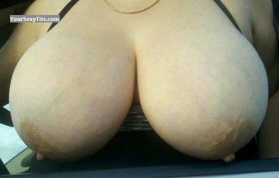 Very big Tits Of A Friend Mistress_Beach