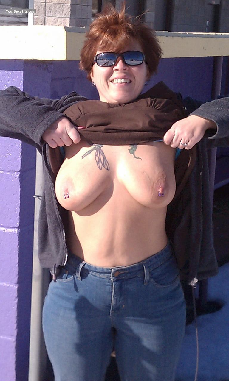 Tit Flash: Very Big Tits - Topless Del from United StatesPierced Nipples