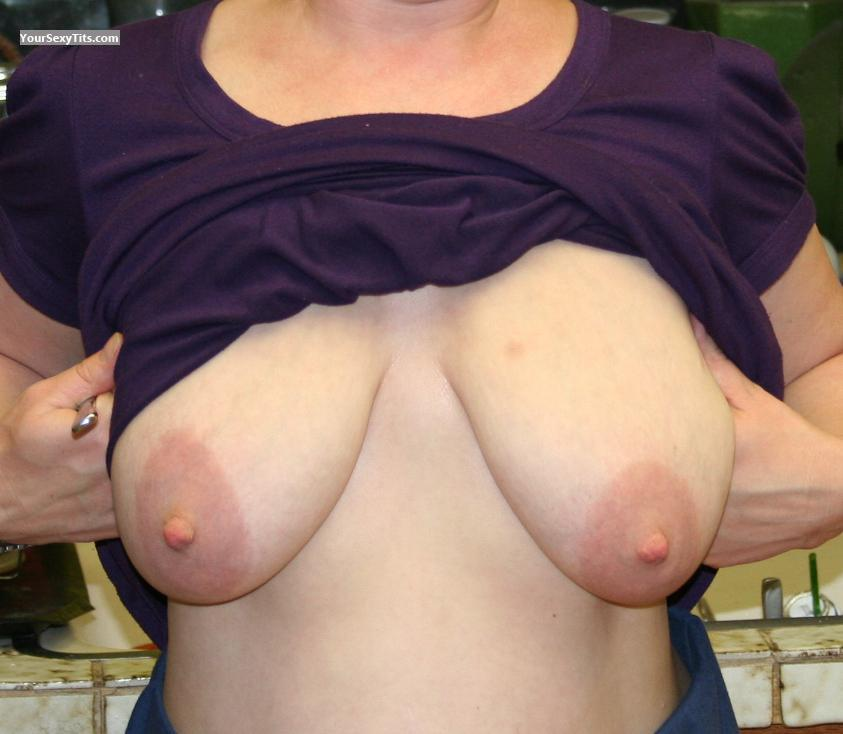 Tit Flash: Wife's Very Big Tits - Mother Of 5 from United States