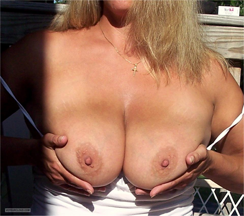Big Tits Of My Wife KMG
