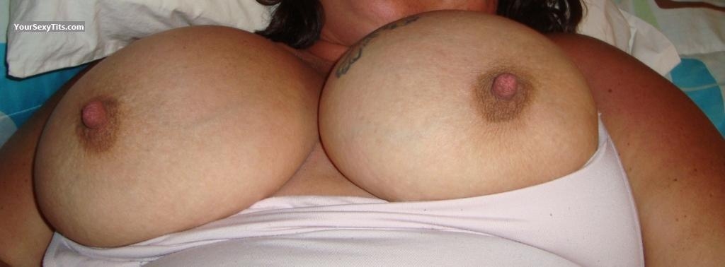 Tit Flash: Very Big Tits - Mrs. Shell from United States